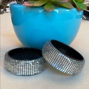 Set of 2 VTG Resin Bangles w/Silver Mesh